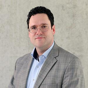 Dr. Peter Heinrich
